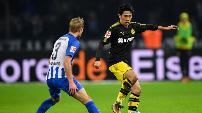 Former Man Utd playmaker Shinji Kagawa rescued a point for Borussia Dortmund at Hertha Berlin