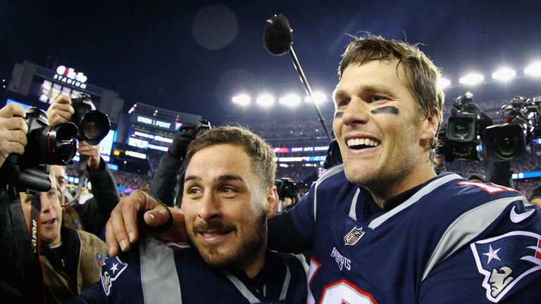 Tom Brady celebrates with Danny Amendola after winning the AFC Championship against the Jacksonville Jaguars