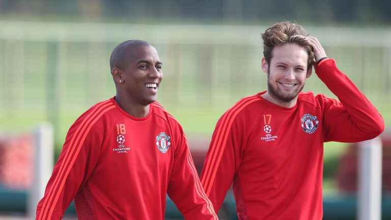 Ashley Young and Daley Blind are now committed to Old Trafford until the summer of 2019