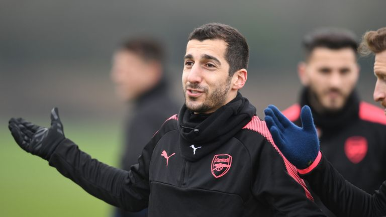 Mkhitaryan says Arsenal will fight for a top-four finish