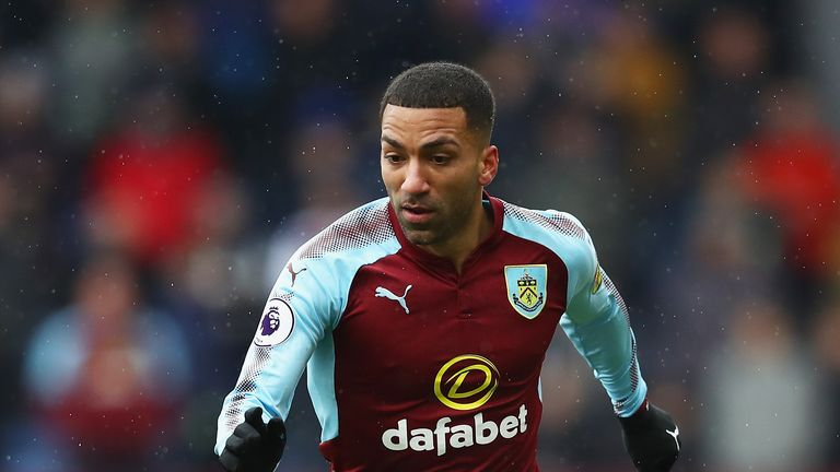 Aaron Lennon faces former side Everton for the first time on Saturday