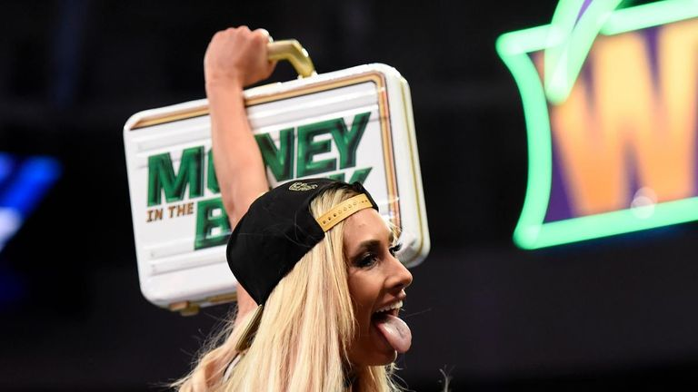 Despite losing to Becky Lynch, this week's SmackDown was a good showcase for Carmella