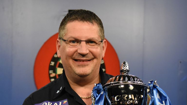 Smith's former mentor Gary Anderson lifted the UK Open title in 2018 behind closed doors