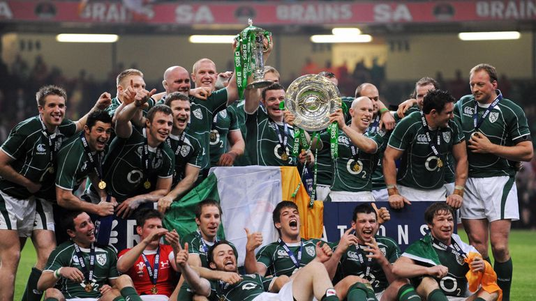 Ireland's squad celebrate their Six Nations Grand Slam victory in 2009