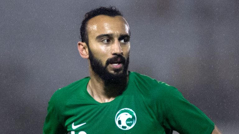 Saudi Arabia striker Mohammad Al-Sahlawi is to train with Manchester United
