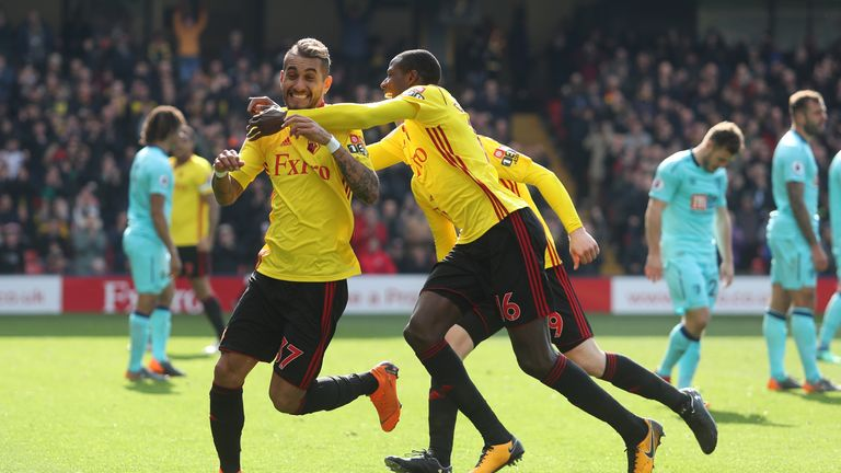 Roberto Pereyra's 49th-minute goal looked to have given Watford their fourth straight home win until Jermain Defoe's late equaliser