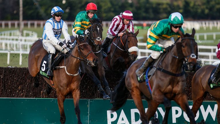 Edwulf (red cap) in action at Leopardstown