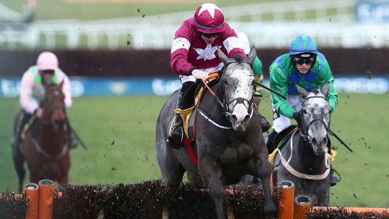 Farclas on his way to victory in the JCB Triumph at Cheltenham