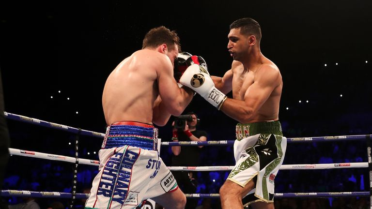 Amir Khan stopped Lo Greco in the first round in Liverpool