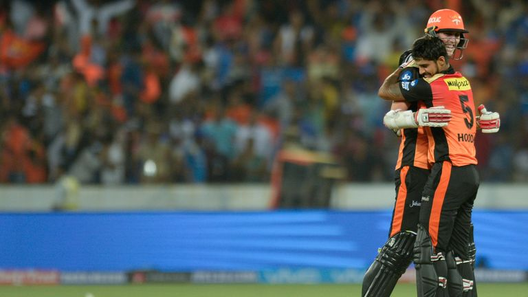 Billy Stanlake and Deepak Hooda celebrate after Sunrisers Hyderabad clinch a stunning final-ball victory (Credit: AFP)