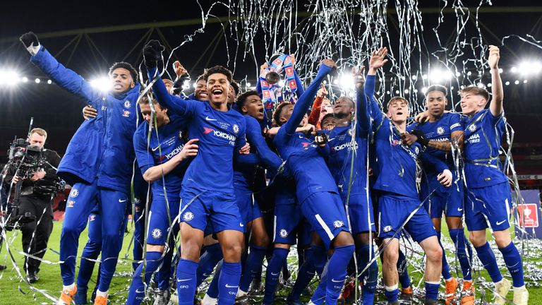 Chelsea celebrate wnning the FA Youth Cup Final against Arsenal
