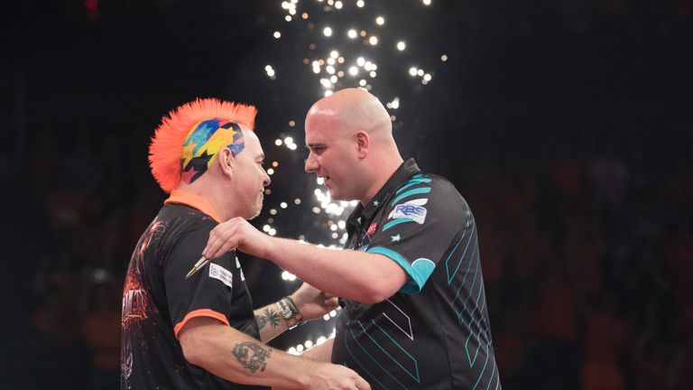 UNIBET PREMIER LEAGUE DARTS 2018.AHOY ARENA,.ROTTERDAM,.PIC LAWRENCE LUSTIG.PETER WRIGHT V ROB CROSS.ROB CROSS IN ACTION.