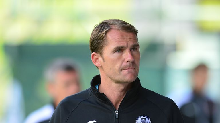Manager Alan Archibald is to remain at Partick Thistle for next season