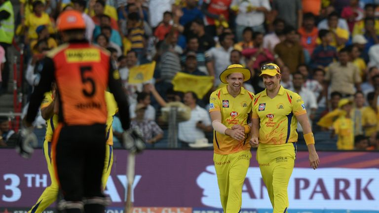 David Willey (left) and Shane Watson celebrate a wicket in Chennai's win over Sunrisers (Credit: AFP)