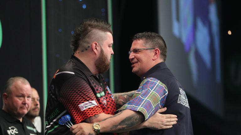 Michael Smith beat Gary Anderson to reach his first major final at The O2