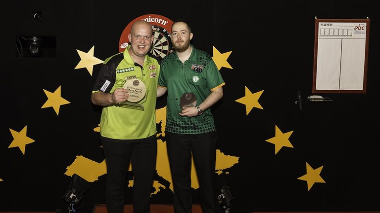 Michael van Gerwen defeated Steve Lennon to pick up another title on home soil