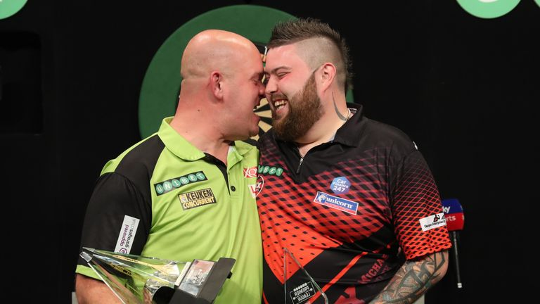 Michael van Gerwen overcame Michael Smith in the final of the 2018 Premier League