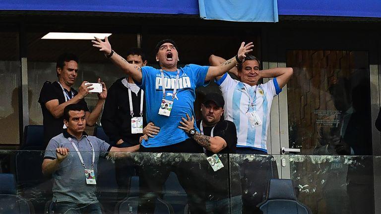 Honduras vill ha maradona