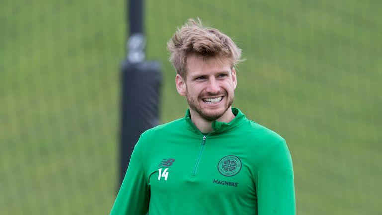 Stuart Armstrong has joined Southampton for £7m