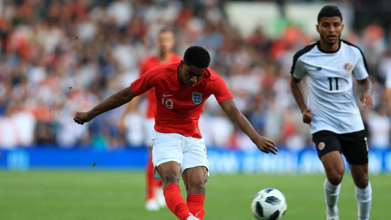 Rashford fires England ahead against Costa Rica from long range