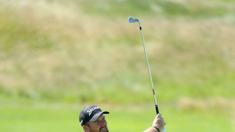 Chesters leads after weather-hit first round in Andalucia