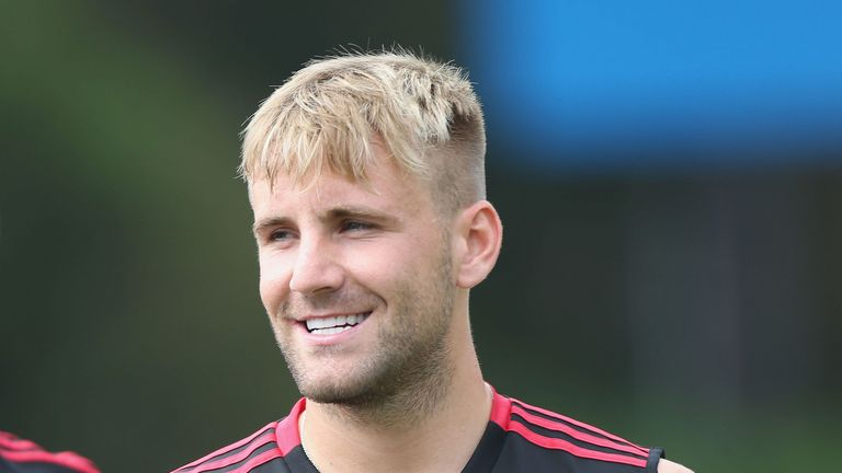 Shaw wants to earn a new contract at Manchester United