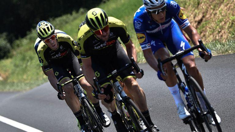 Niki Terpstra, Luke Durbridge and Matt Hayman power the breakaway on stage 18