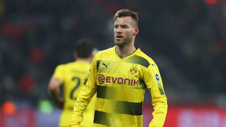 Andriy Yarmolenko is set to undergo a medical ahead of a move to West Ham