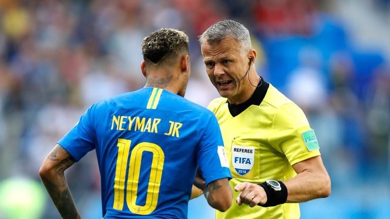 Kuipers was firm against Neymar's appeals for a penalty
