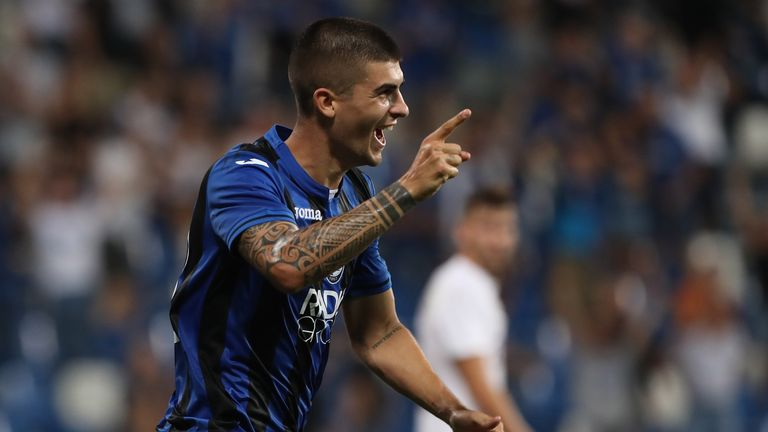 Gianluca Mancini celebrates his goal for Atalanta