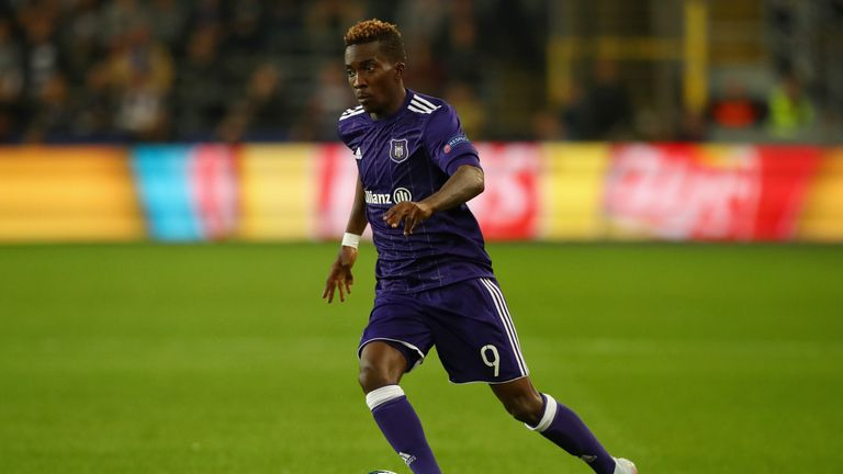 Henry Onyekuru has struggled to qualify for a work permit since joining Everton