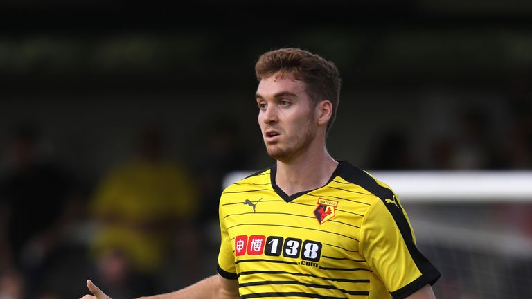 Tommie Hoban has agreed to go to Aberdeen on loan