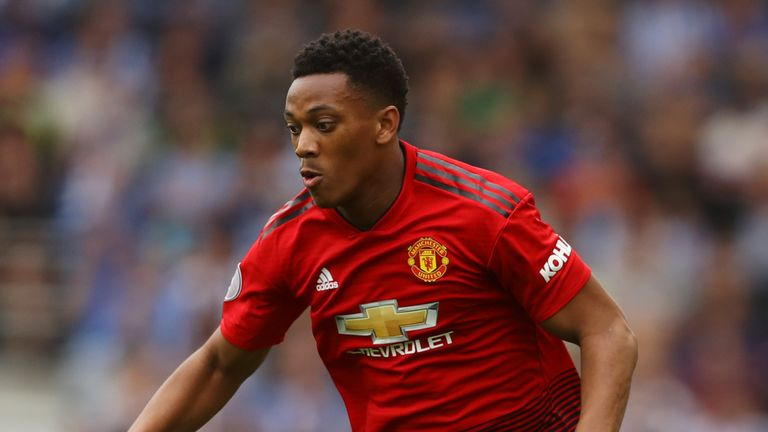 Manchester United are keen to tie Anthony Martial to a new long-term contract