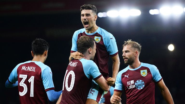Burnley clinched a dramatic Europa League win over Aberdeen