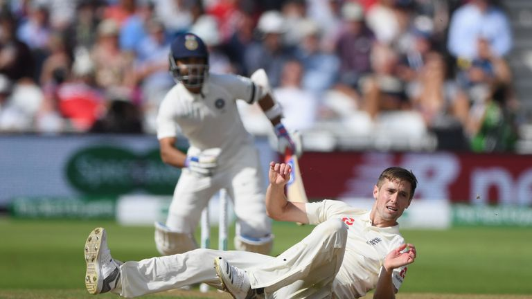 Woakes might fall out of the reckoning if England chase pace