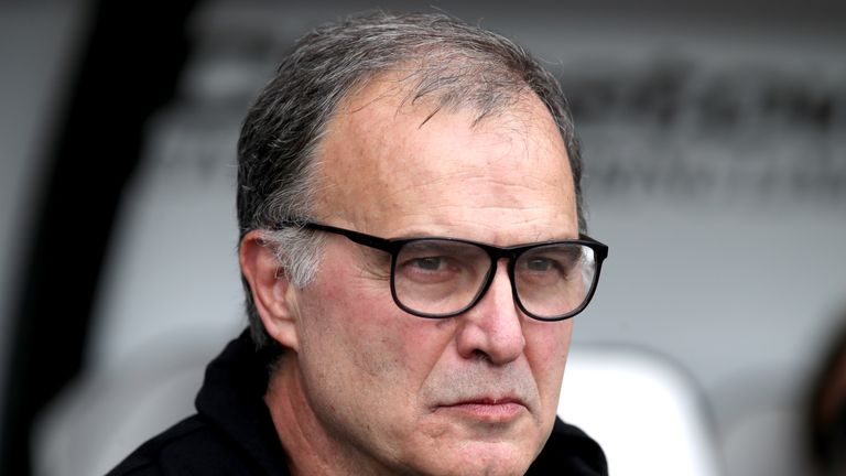 Marcelo Bielsa's Leeds survived a scare when Erhut Oztumer halved their 2-0 lead over Bolton