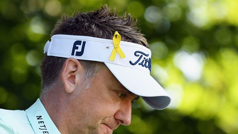 Yellow ribbons were worn by players in memory of Jarrod Lyle, who lost his battle with leukaemia