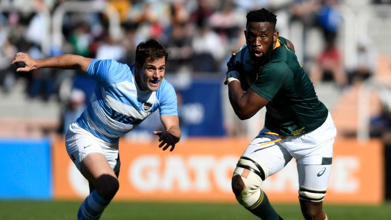 Siya Kolisi on the attack for South Africa