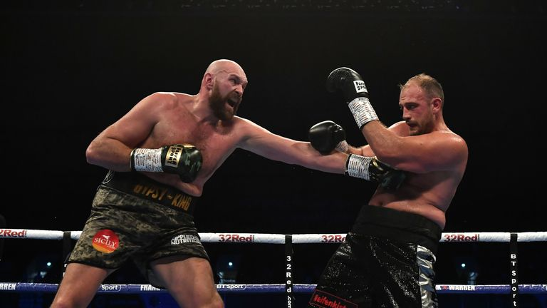 Fury beat Pianeta over 10 rounds this month