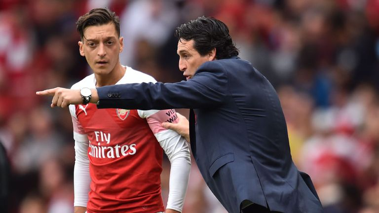 Unai Emery says Mesut Ozil must take on his share of defensive duties