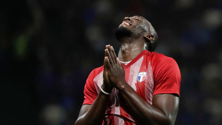 Usain Bolt is hoping to secure a professional contract