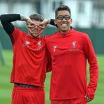 El delantero del Liverpool, Roberto Firmino, entrena en goggles mientras Daniel Sturridge presiona para llegar a la Premier League | Noticias de futbol