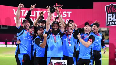 Worcestershire saw off Sussex by five wickets to win their first Vitality Blast