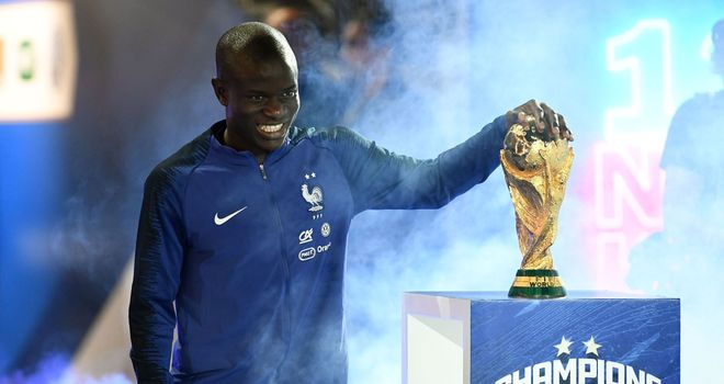 N'Golo Kante had offers to leave Chelsea for PSG