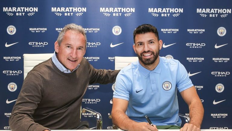 Sergio Aguero signed until 2021 (pic courtesy of Man City)