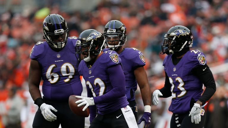 Eric Weddle (#32) could lead a swarming Ravens defense on Sunday