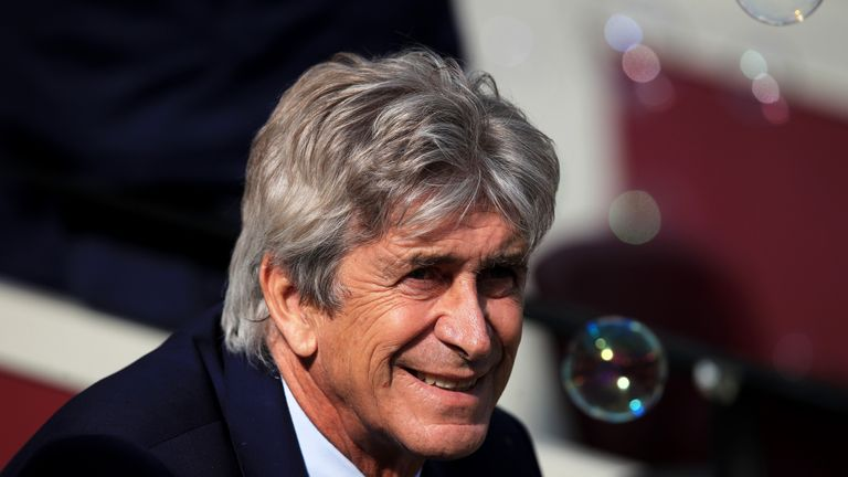 "Manuel Pellegrini praised West Ham's ""big team"" mentality after their 3-1 win against Manchester United"