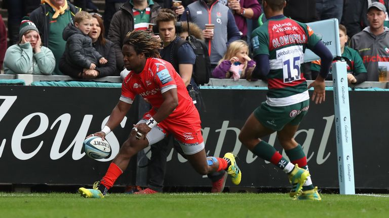 Sale's Marland Yarde scored the first try of the game