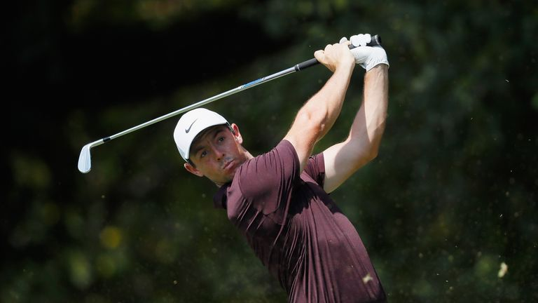Tour Championship: Tiger Woods, Justin Rose share halfway lead