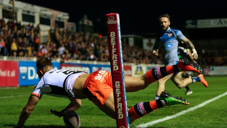 Castleford's Greg Eden dives in to score a try